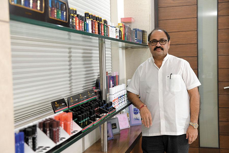 darshan patel of vini cosmetics